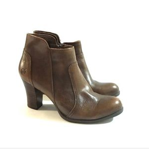 B.O.C Born Brown Leather Ankle booties